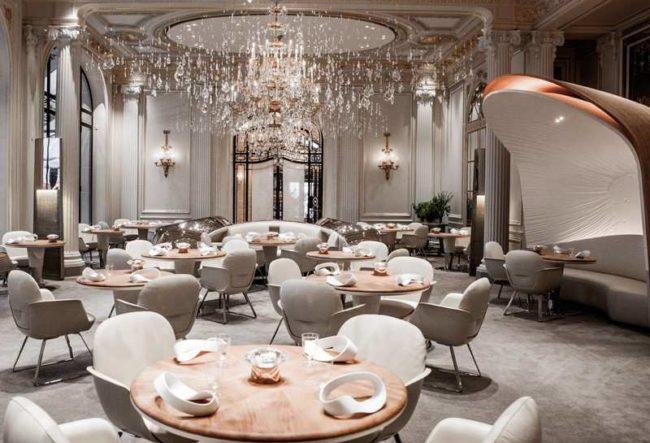 طراحی داخلی هتل Plaza توسط گروه معماری Jouin Manku