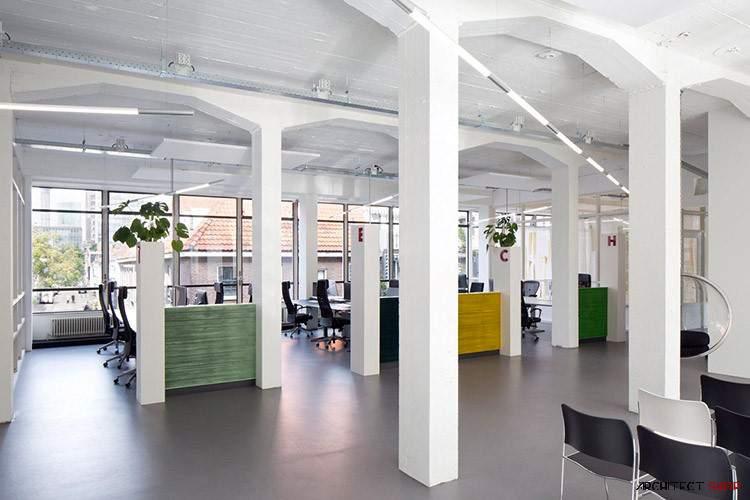دفتر کار Lunatech Labs