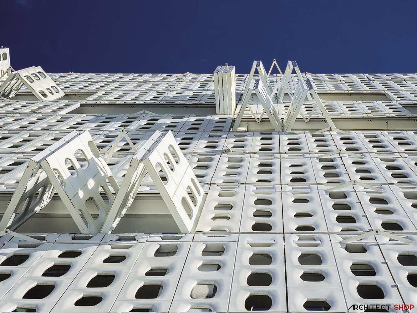 هتل به سبک معاصر با نمای فایبر گلاس