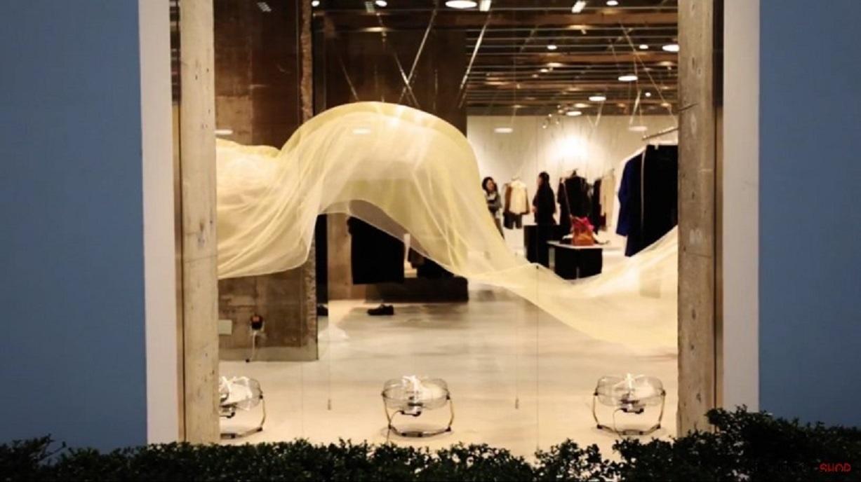 طراحی خلاقانه ویترین فروشگاه با پرده - Vitrin Curtain Design 7