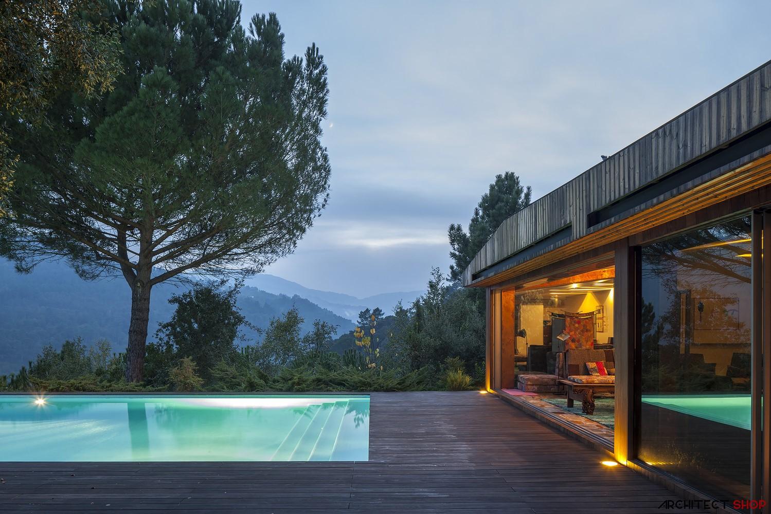 طراحی ویلا ی مدرن در پرتغال - House in Douro Valley 1 1