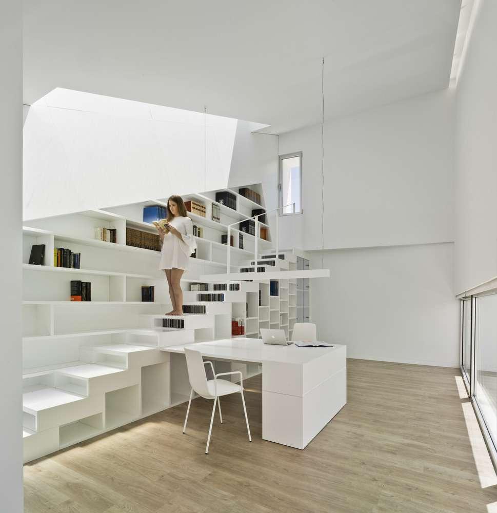 30 ایده خلاقانه طراحی کتابخانه - Library Architecture 28