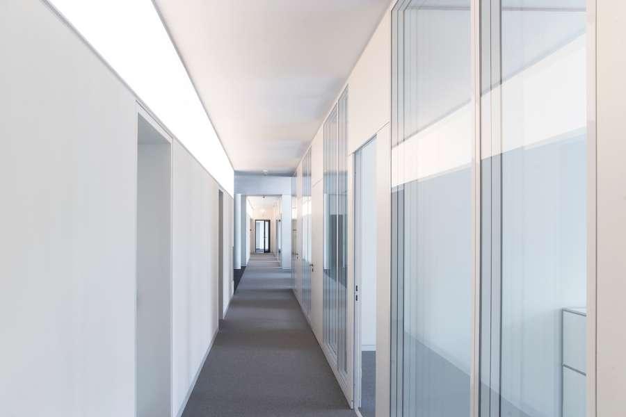 طراحی نمای آجری ساختمان صنایع نساجی آلمان - Administrative Building Textilverband 7
