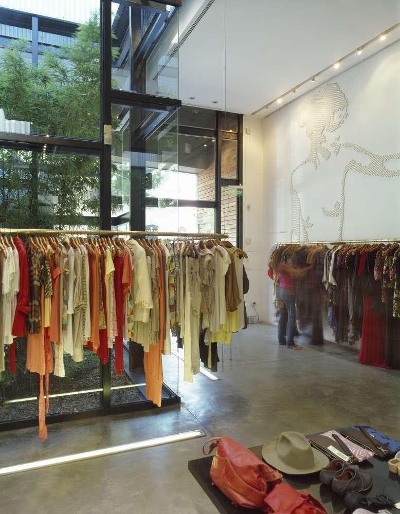 پلان فروشگاه های تجاری با مساحت 100 تا 1000 متر مربع - architectural plan retail shop 29