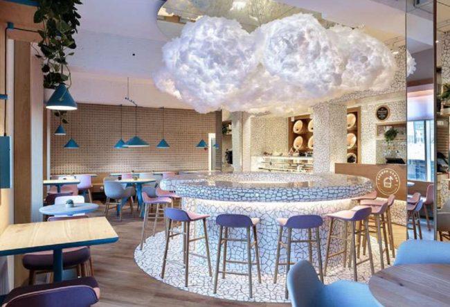 طراحی داخلی کافه رستوران مدرن و متفاوت در روسیه