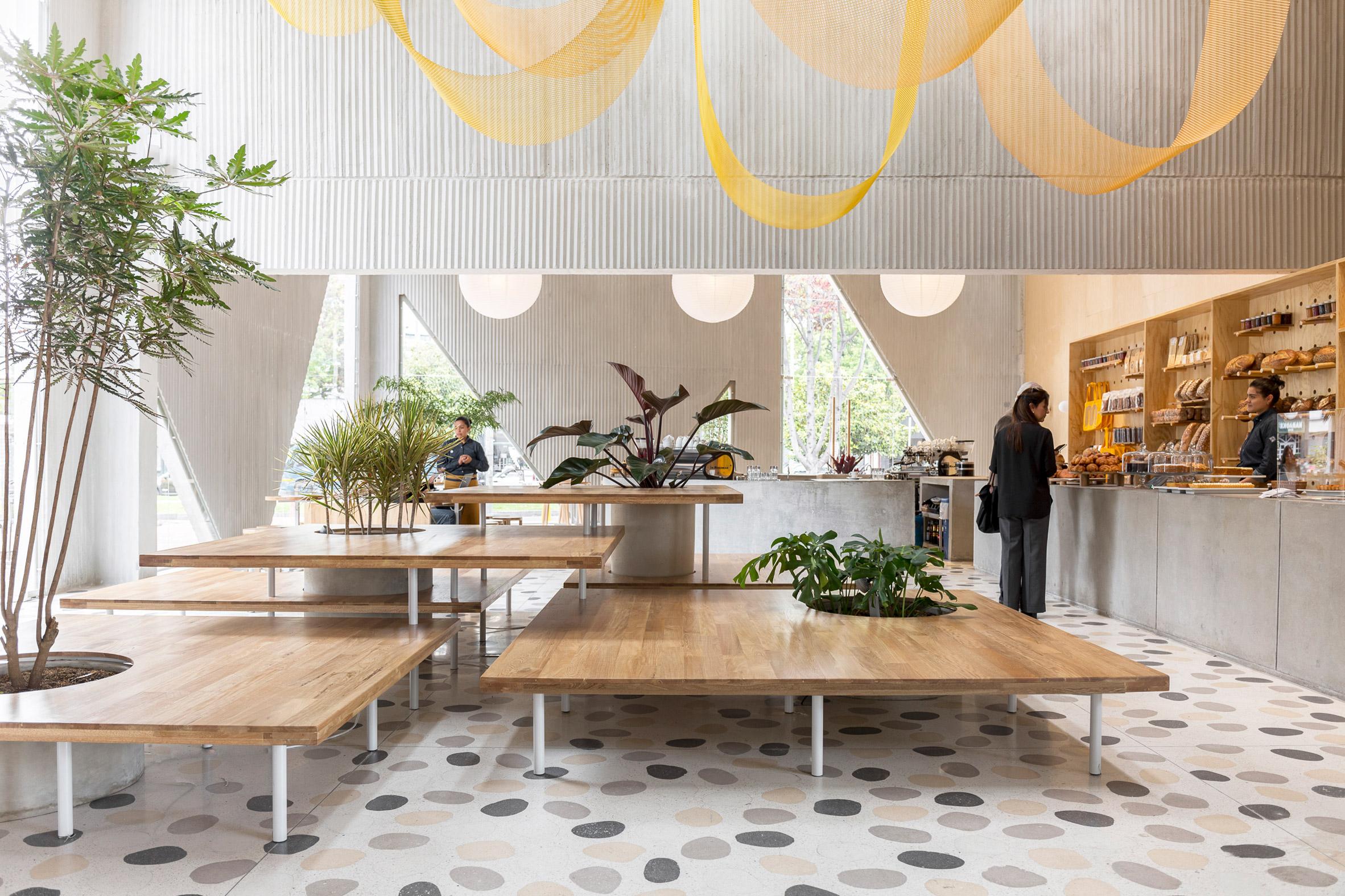 طراحی داخلی کافه قنادی با کانسپتی متفاوت - masa bakery 7 1