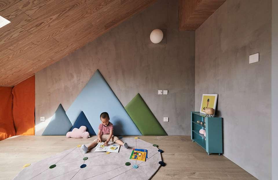 دکوراسیون داخلی خانه با سقف شیبدار