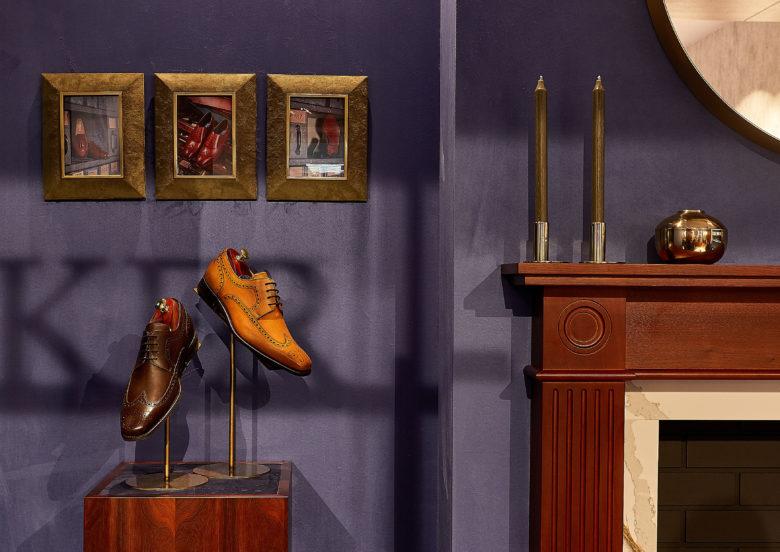 دکوراسیون مغازه کفش فروشی