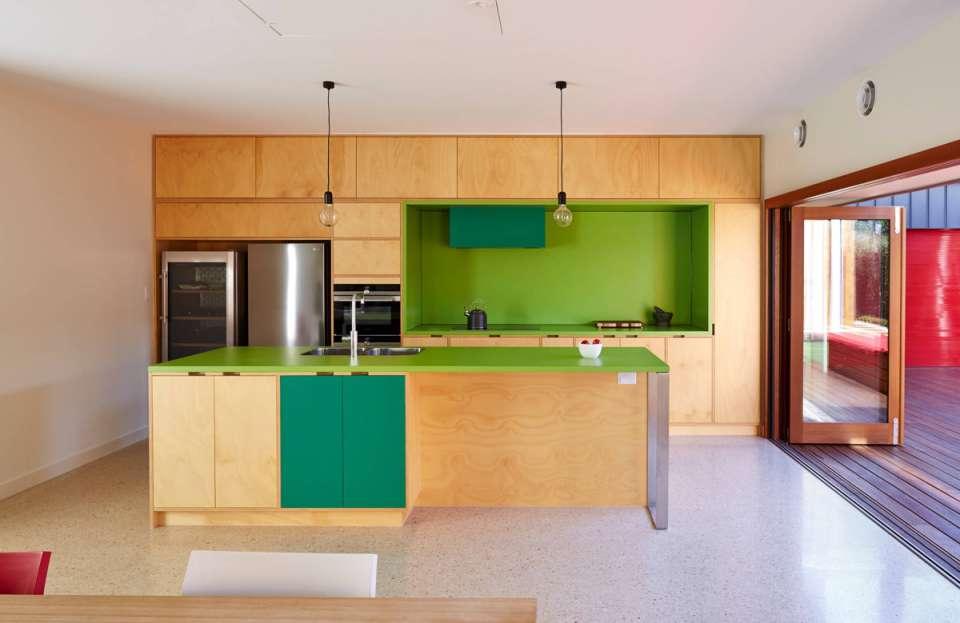 33 ایده طراحی آشپزخانه سبز رنگ - Green Kitchens 4