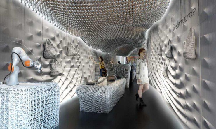 طراحی داخلی فروشگاه کیف با مواد بازیافتی