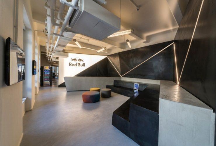 طراحی دفتر کار ردبول در میلان