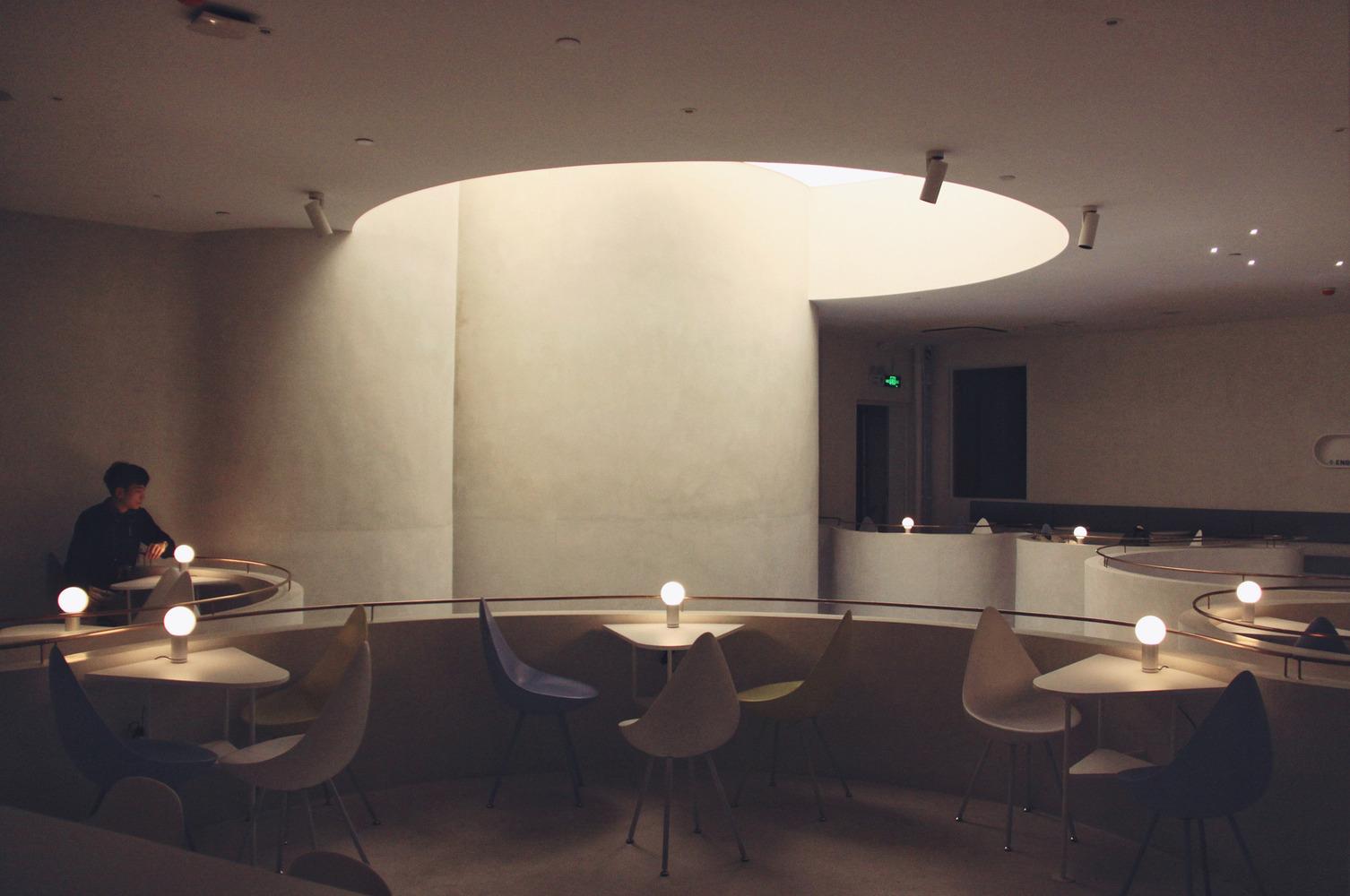 طراحی کافی شاپ برای آزاد سازی فکر و تخیل - S.Engine Fengshengli Cafe 15 1