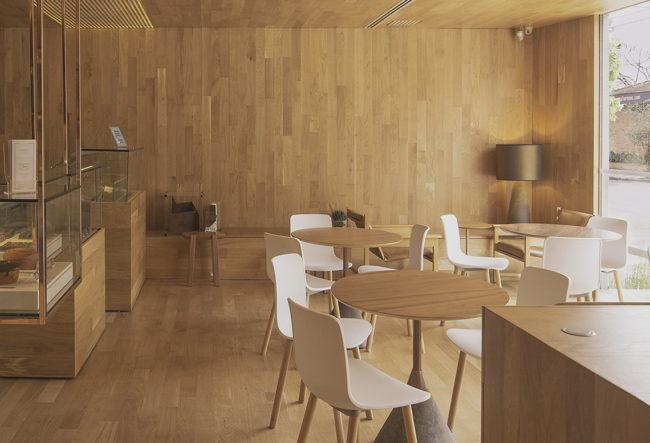 طراحی کافه قنادی مینیمال در برزیل